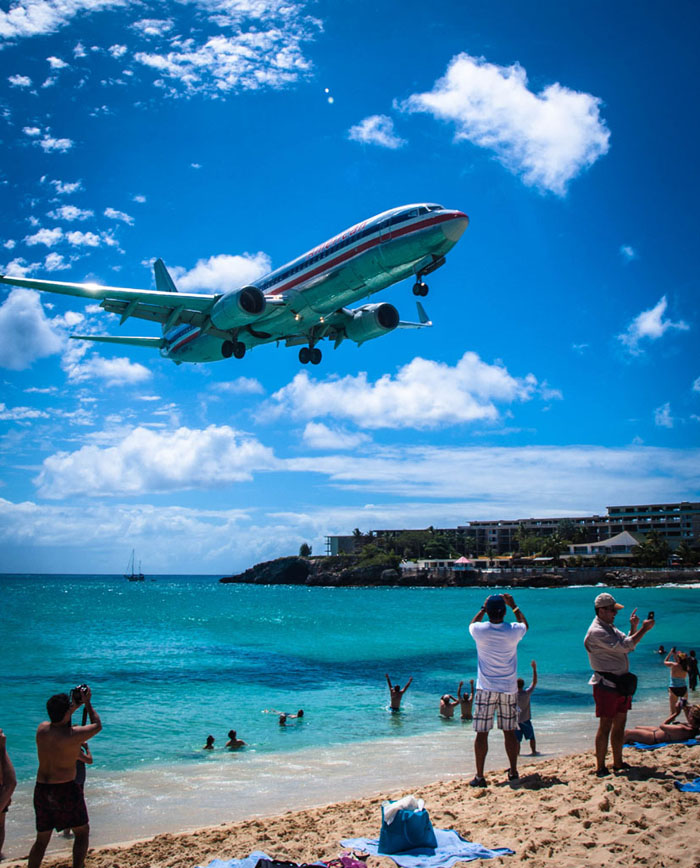 american airlines maho beach landing