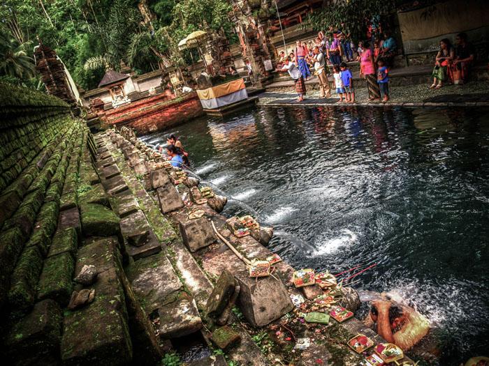 bali ritual washing tripod sirui