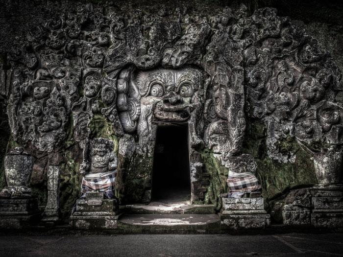 elephant cave photograph bali