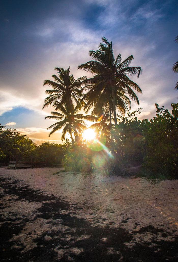 plage bois jolan sunset