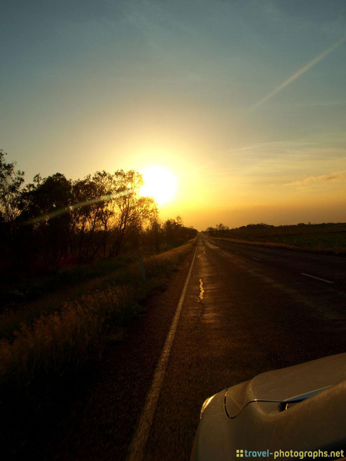 outback roadtrip australia sunset